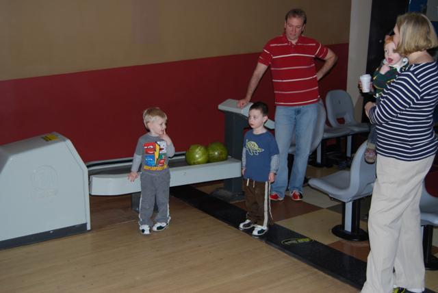 2012-04-01-Bowling - 08