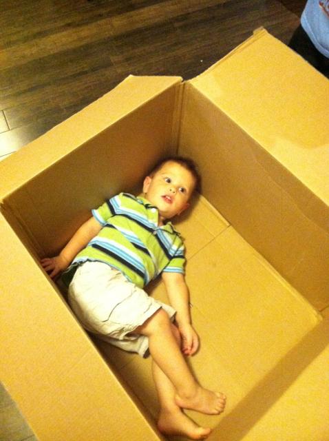 2012-08-15-EveryoneInTheBox - 01